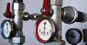 Heizung Wasser nachfüllen und Druck ausgleichen
